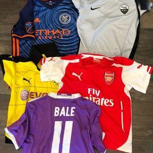 Other - 5 boys youth med soccer jerseys